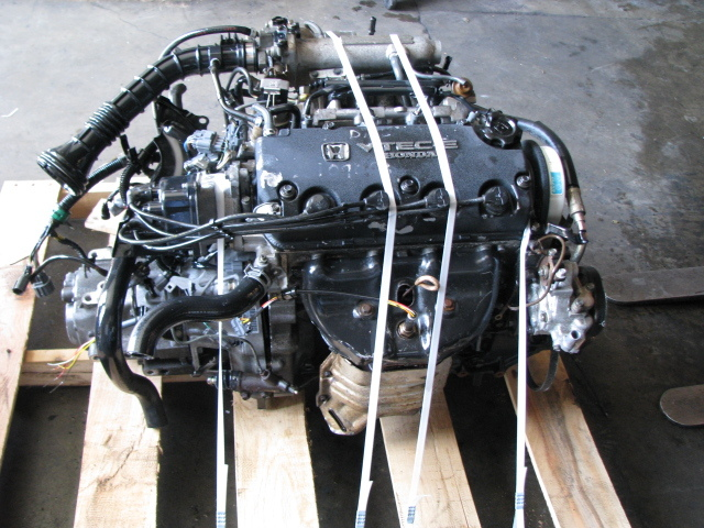 Shipping Engines Transmissions Or Other Heavy Duty Auto Parts Png